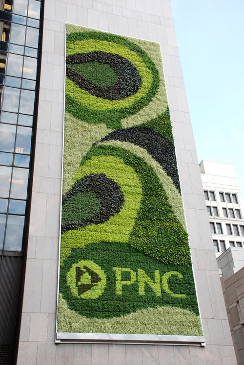 Pnc-bank-green-wall