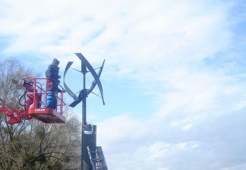 Eddy-black-urban-green-energy-install
