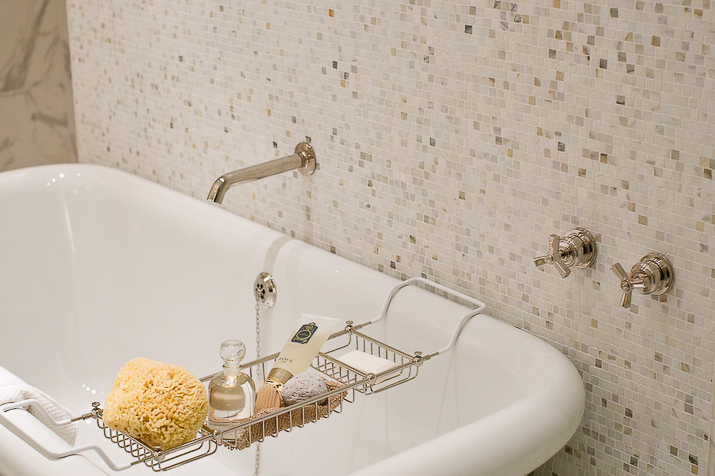 The-austonian-master-bath